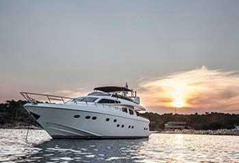 Amoraki-Motor-Yacht.jpg