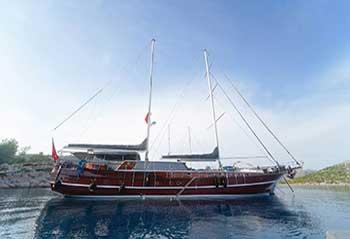 Kaptan-Mehmet-Bugra-Gulet.jpg
