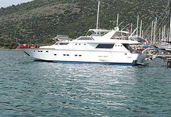 Lord-Byron-Motor-Yacht.jpg
