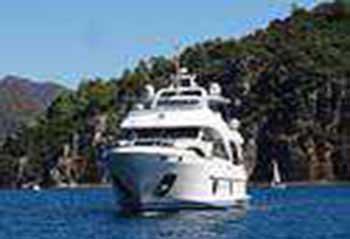 rebecca-motor-yacht.jpg